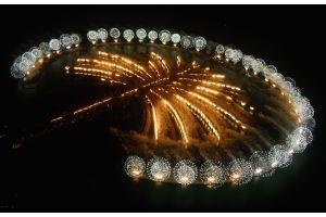 ドバイ、パーム・ジュメイラにモノレール開業