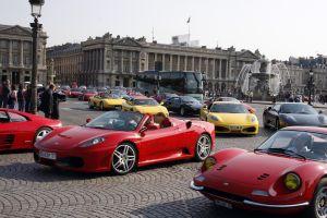 フェラーリ150台が仏に集結