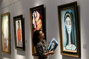 美術と経済の不思議な関係