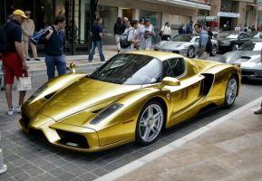 本当に存在した金色のエンツォ・フェラーリ