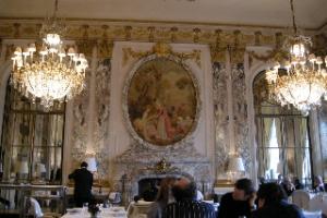 官能と憂鬱のフランス【4】Hotel Le Meurice  エレガンテ達のサロン