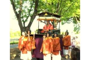 京都三大祭りのひとつ、葵祭りが行われました