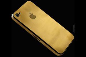 iPhone4白が延期でも金、ダイヤで我慢する