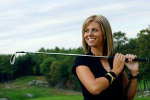 25歳美女ゴルファーの死因は自殺と断定(地元警察)