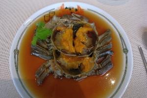 秋の味覚 上海蟹を中国飯店にて食す