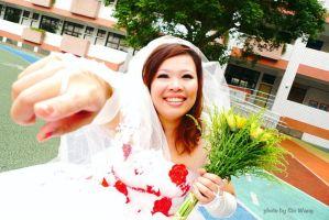 30歳台湾女性が自分と結婚・挙式