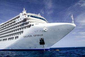 世界のセレブが集う、美しすぎる豪華客船の旅