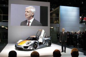ポルシェがハイブリッド(HV)スーパーカー「918RSR」発表