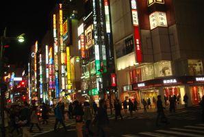 日本では若者は金持ちになれない