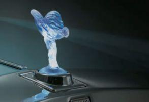 ロールス・ロイスが電気自動車「102EX」発表