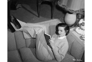 「セックスシンボル」女優ジェーン・ラッセルさん89歳で死去