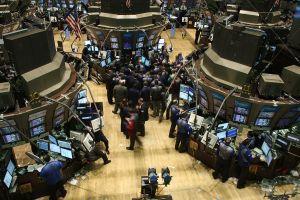 NY株1ドル高1万2381ドル