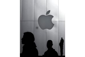 アップル純利益95%増、iPhone1800万台販売