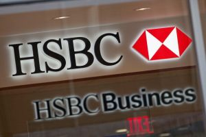HSBCが世界中で従業員3万人削減