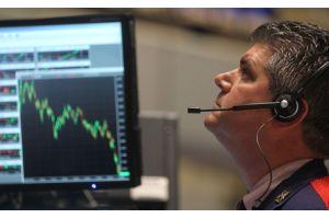 NY株は全面安で512ドル安