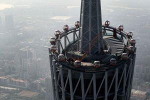 これは恐い!世界一高い450メートルの観覧車