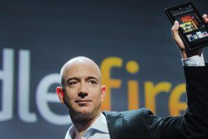 AmazonがキンドルファイアをiPadの半額で発売