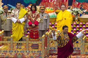イケメンすぎるブータン国王(31)が挙式