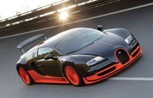 2012年高額車ランキング1位ブガッティ