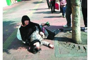 中国人の心を揺さぶったポルシェに乗った少女