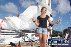 オランダ16歳少女が単独世界一周航海を達成