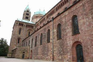 写真で届ける世界遺産(独11、皇帝が建設したライン川沿いのロマネスク大聖堂、シュパイヤー大聖堂)