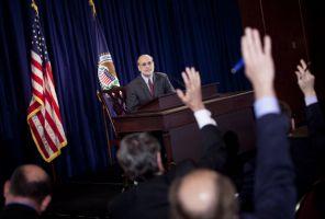 FOMC声明の要約
