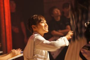 AKB48前田敦子さん「一人で歩く」