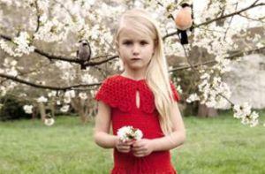 驚異の6歳モデルデビュー、母はボディアノバさん