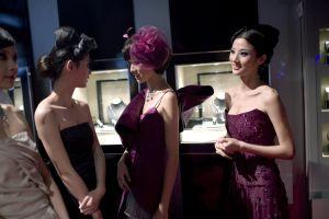 中国富豪11人に美女2800人が群がる婚活パーティー