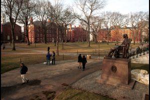米ハーバード大279人がカンニングの疑い