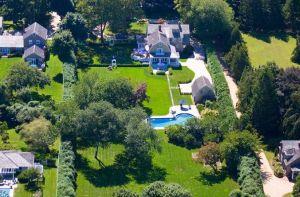 元リーマン女ボスが豪邸を売却で完全隠居へ