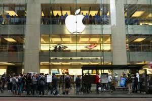 米Apple純利益の伸び止まる(10~12月期)