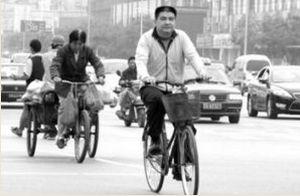 大気汚染で「缶空気」販売する大富豪(北京)
