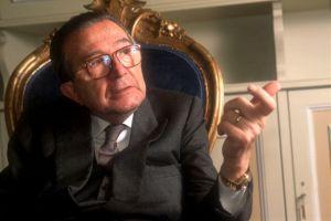 イタリア政界の「魔王」アンドレオッティ氏死去、94歳