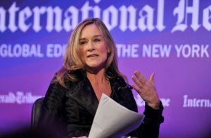 バーバリー女CEO就任はアップルの「ブランド化」