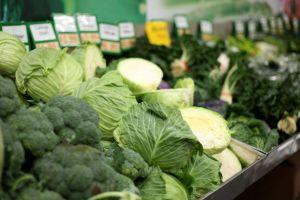 「高収入ほど野菜食べる」が各国で証明される