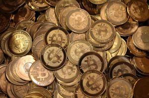 Bitcoin発明者「中本哲史」1000億円長者に