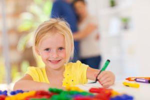 3歳女児IQ160でアインシュタイン超え、遺伝か環境か