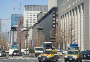 東京23区の年収1000万円世帯比率と平均年収