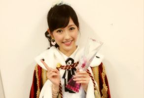 渡辺麻友1位決めた3000万円投票の「中国富裕層オタ」(AKB48選抜総選挙)