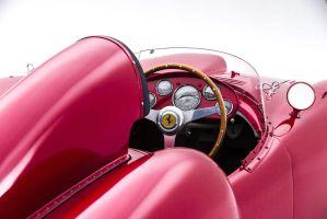 栄光と盗難の60年刻む「フェラーリ375-Plus」18億円で落札