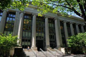 ハーバード大の失われた5年間 米国株に乗り遅れた