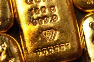 日本の金需要減、ロシアはルーブル危機で買い増し