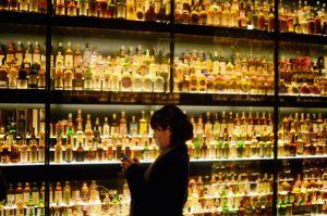 「軽井沢」1400万円で落札、日本ウィスキーでは史上最高額