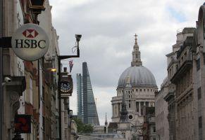 EU銀行業界年収ランキング、1位は25億円の英国投資銀行業務