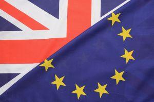 迫る英国民投票 焦点は、経済への影響は