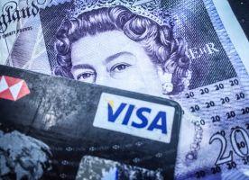 現金とクレジットカード、お金が貯まるのはどっち?